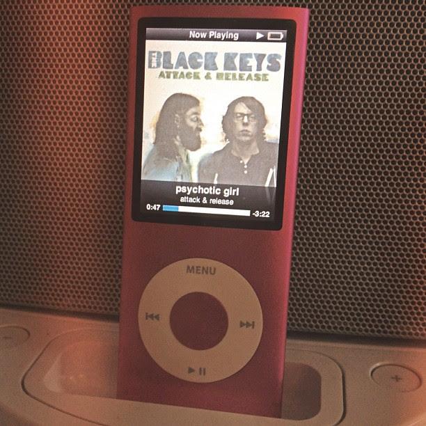 Day17 listening to The Black Keys always makes me smile :) 1.17.13 #jessie365