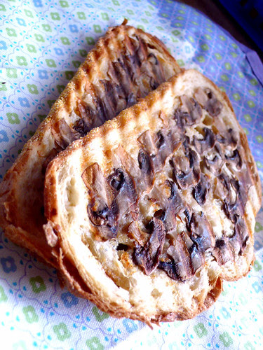 mushroom toast