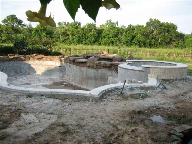 Salt Water pools - Pools & Spas Forum - GardenWeb