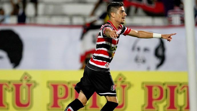 Luisinho Santa Cruz x América-MG Série B (Foto: Aldo Carneiro / Pernambuco Press)