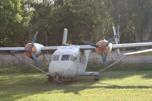 Antonov An-14A 01 red