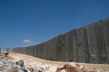 """English: Israel's """"Security Fence"""", ..."""