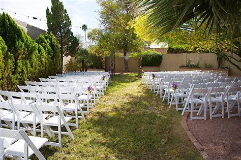 Top 25 Cheap Wedding Venue Ideas for Ceremony on a Budget