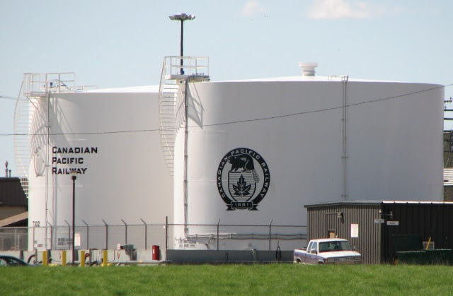 CPR Moose Jaw fuel tanks
