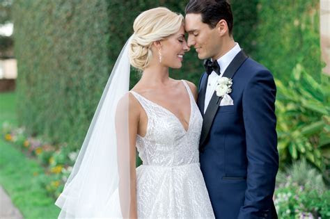 World champion ballroom dancers marry at Bella Collina
