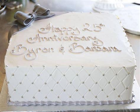 A silver 25th anniversary cake! Cake # 003.   Anniversary