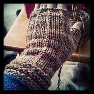 One of Mom's #fingerlessmitts complete. Went up to a size 8 needle and they're still a bit snug. Think I may try a 9... #knitstagram #knitting #BerrocoVintage