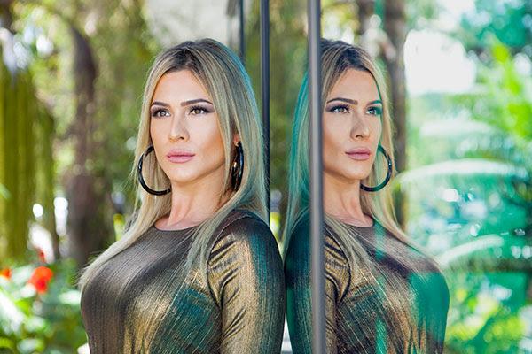 Lívia Andrade no SBT