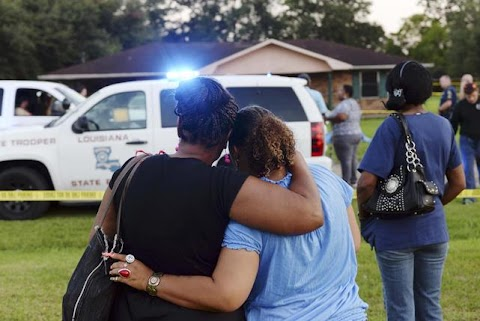 Policeman shot to death and three women stabbed, one fatally, in Louisiana