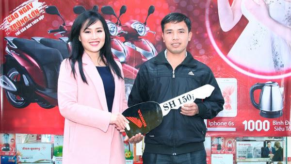 Hai ái nữ 8X, chức lớn của bà Hồ Thị Kim Thoa
