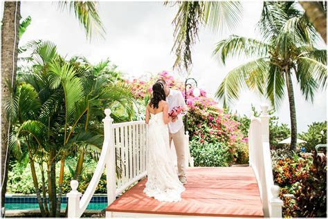 Destination Weddings on the Beach: St Lucia CarolynMarie