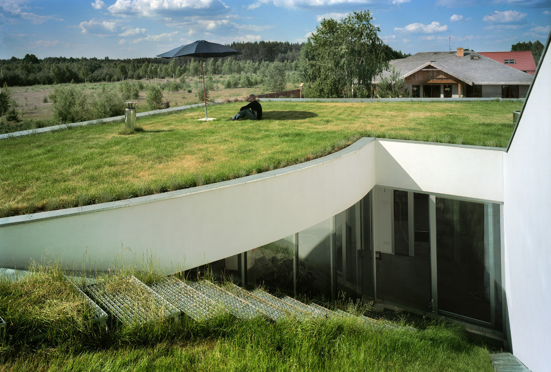 OUTrial House - KWK PROMES, Architecture, Garden