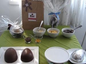 Ingredientes que para a produção do ovo de chocolate (Foto: Ruan Melo/ G1)