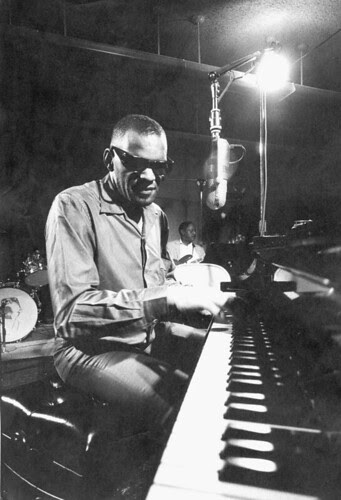 Ray Charles - At the piano