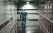 Μονιμοποιούνται 2.500 συμβασιούχοι γιατροί του ΕΣΥ