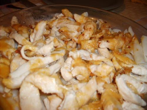 pollo en salsa de cacahuete