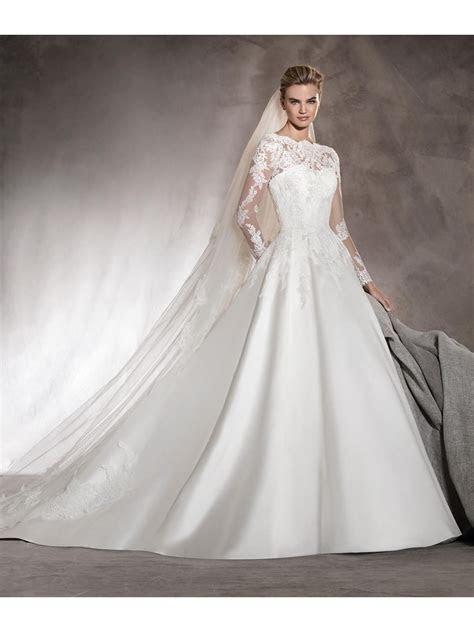 Fabulous A Line Long Sleeves Bateau Satin Lace Bridal