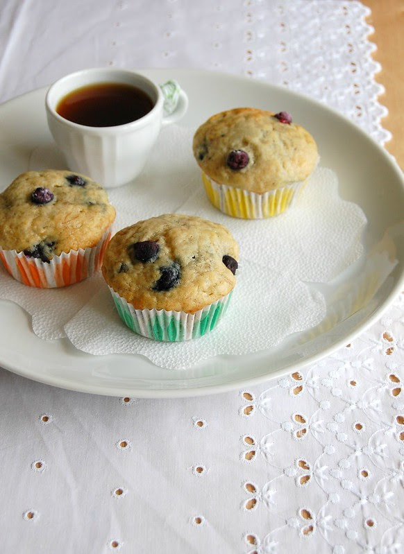 Banana blueberry muffins / Muffins de banana e mirtilo