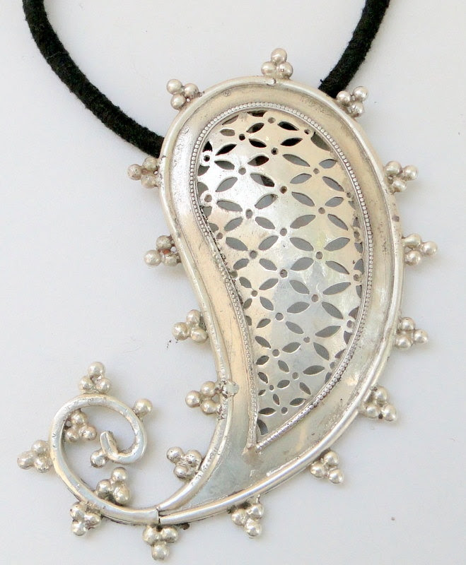 sterling silver Mango Paisley