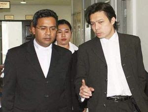 Solicitor Hasnal Rezua Merican (left) and barrister Kamarul Hisham Kamaruddin right