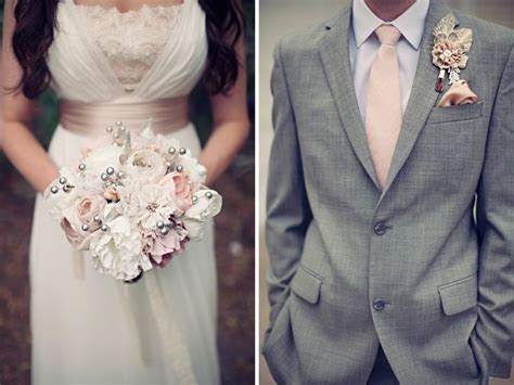 Love the pink, ivory, grey color scheme. Also love idea of