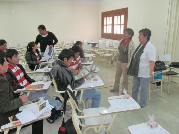 Jujuy En la Universidad Católica de Santiago del Estero Intercambio sobre derechos en frontera