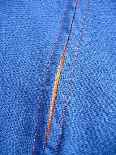 Contrast zipper