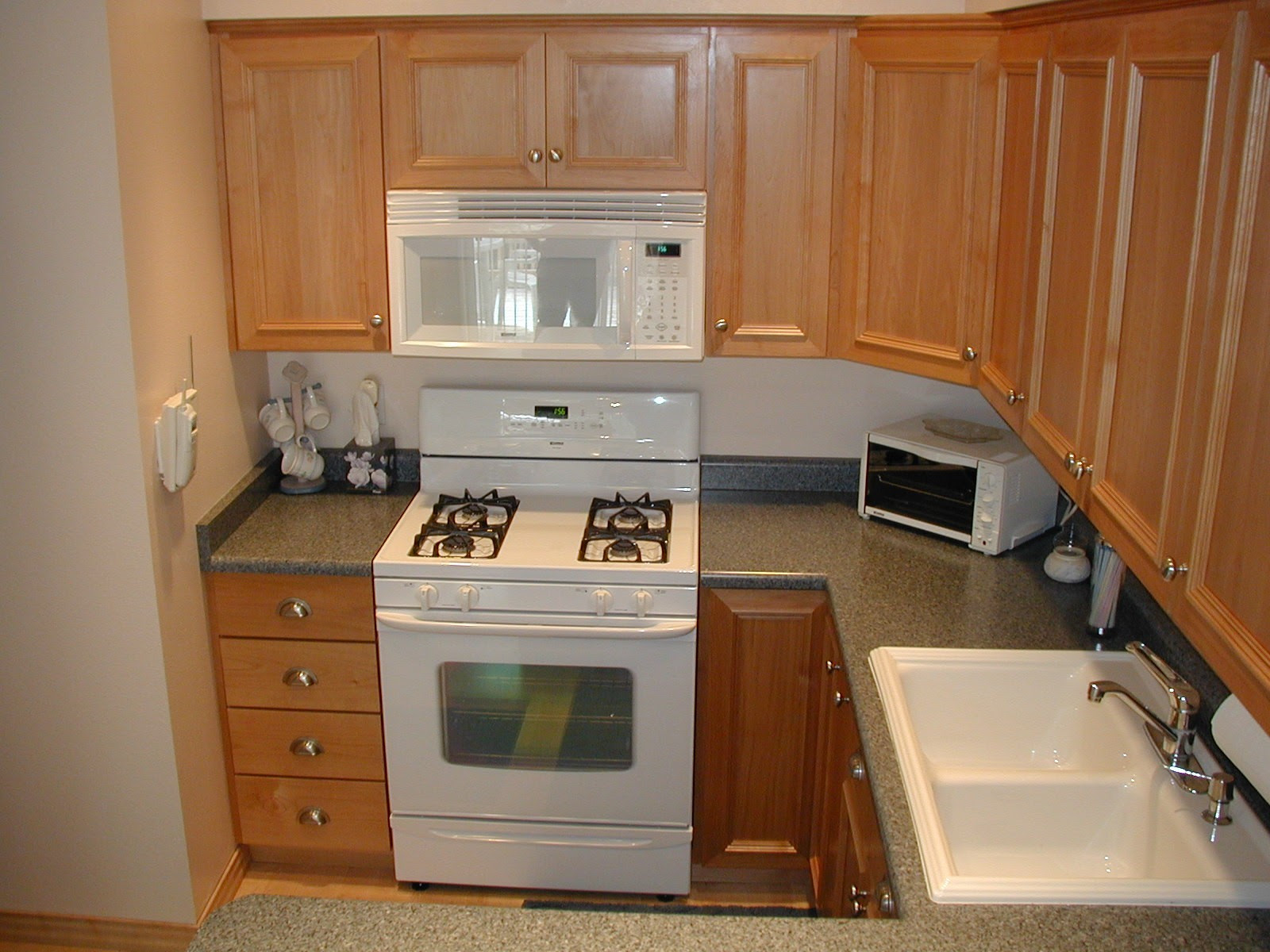 Need Web Site for Cabinet and Door Hardware (kitchen ...