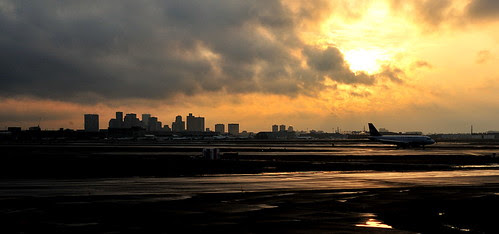 Boston Skyline from Logan Airport 波士顿洛港机场