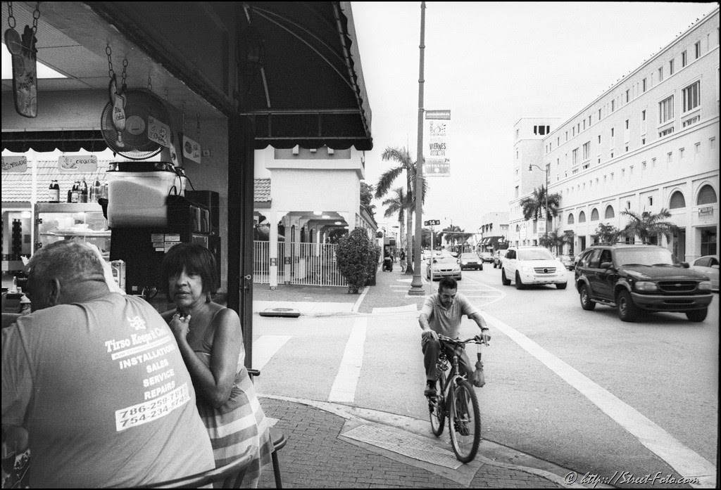 Evening in Little Havana, Miami, Florida, USA, 2011. Street Photography of Miami, San Francisco and Key West by Emir Shabashvili, see http://street-foto.com, http://miamistreetphoto.com, http://miamistreetphotography.com or http://miamistreetphotographer.com