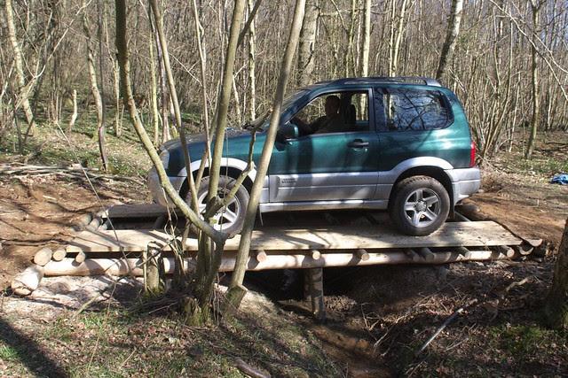 DSC_3760 Car on log bridge