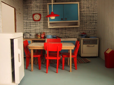 Vintage 1967 Lundby dollshouse kitchen.