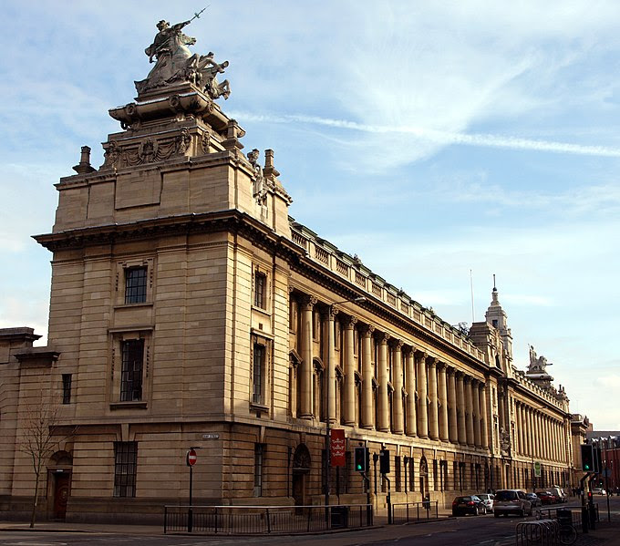 File:Hull's Guildhall - geograph.org.uk - 1758569.jpg
