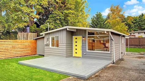 seattle modern   small house design ive