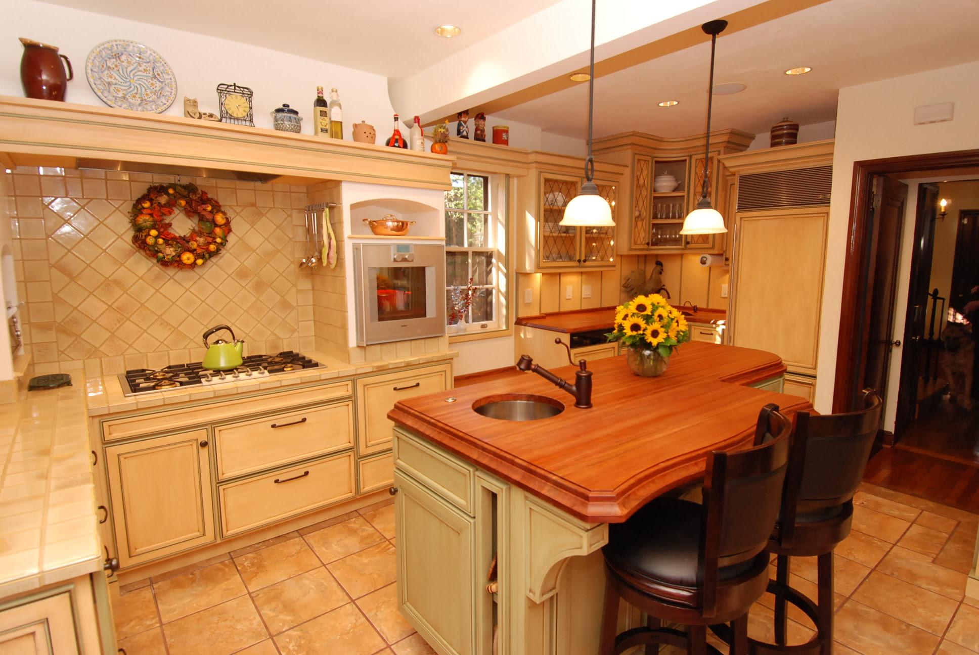 Warm Farmhouse Kitchen - Cabinets by Graber