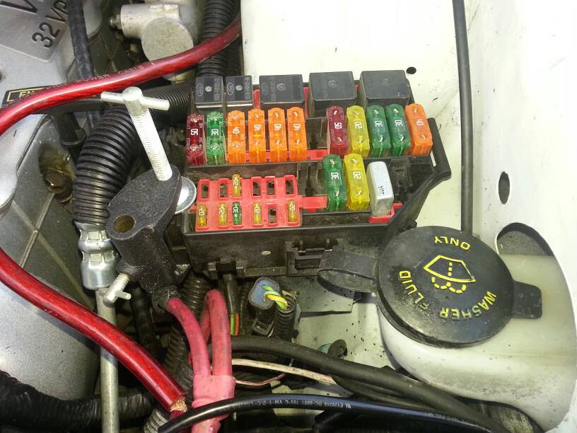 My Fuse Box Is Splitting Disconnecting Everything Svtperformance Com