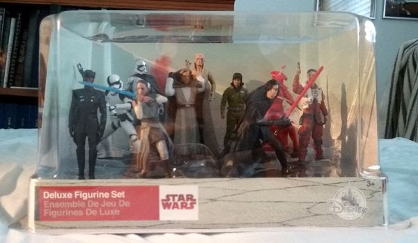 A STAR WARS: THE LAST JEDI deluxe figurine set that I bought at the local Disney Store on September 2, 2017.
