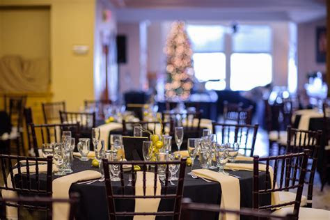 Picture Perfect Weddings on Lake George   Dunham?s Bay Resort