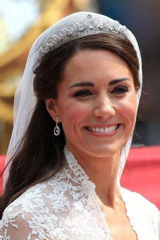 Kate Middleton: Royal Wedding Head to Toe   Lela London
