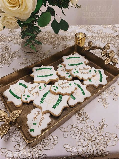le Shoppe   Greenery Decorated Sugar Cookies for a Winter