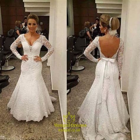 White Lace V Neck Long Sleeve Mermaid Wedding Dress With