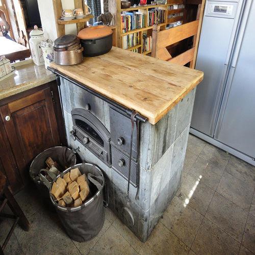8 Interior Dapur Gaya Pedesaan Yang Cantik Dan Alami