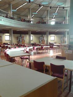 BIBLIOTECA DE ECONOMÍA, EMPRESA Y TURISMO,en el Campus de Guajara, sala de lectura de la Biblioteca