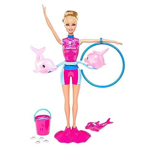 Barbie entrenadora de delfines