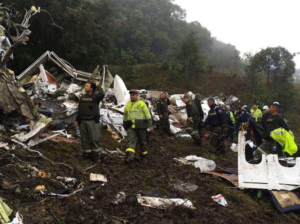 Acidente: avião que levava time da Chapecoense para Colômbia caiu com 81 pessoas à bordo