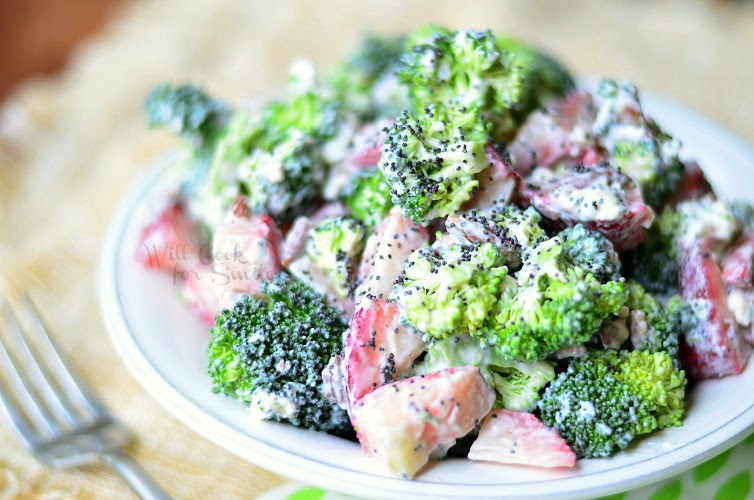 Strawberry Broccoli Salad willcookforsmiles.com
