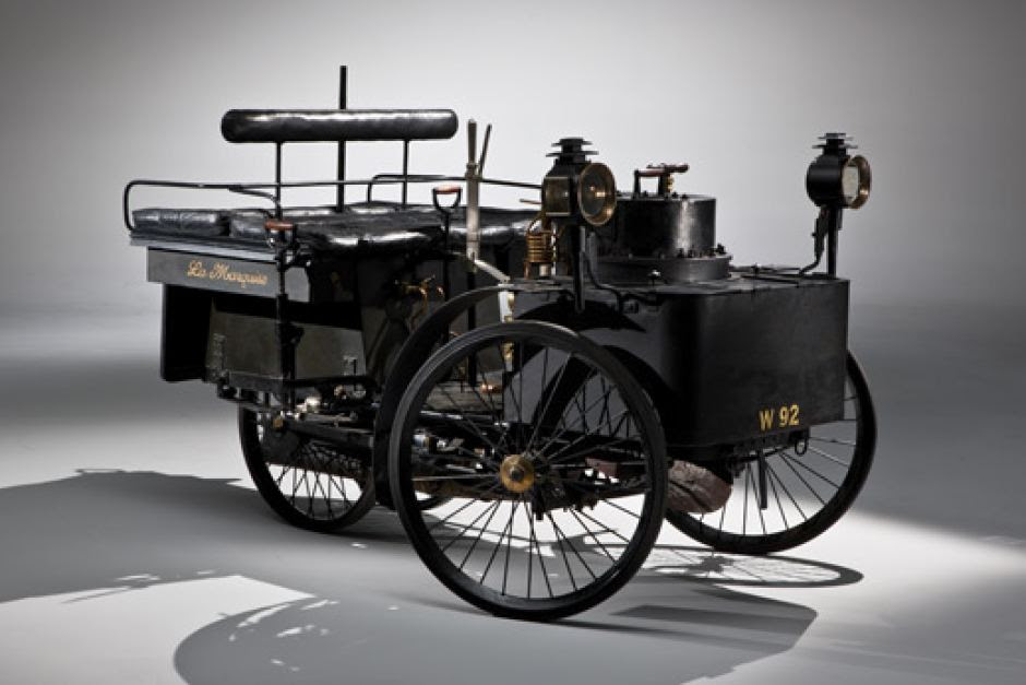 A photo of the 1884 De Dion Bouton Et Trepardoux Dos-A-Dos Steam Runabout, which sold at auction for a record $US4,620,000.