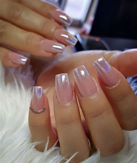 20 Beautiful Nail Art Designs To Wear In The Office