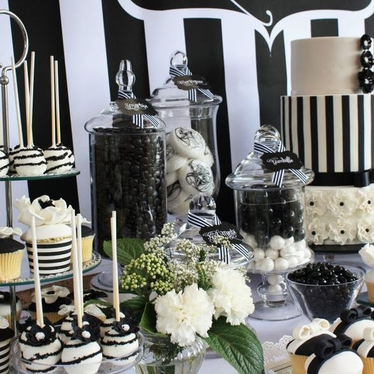 56 Elegant Black And White Wedding Dessert Tables Happyweddcom