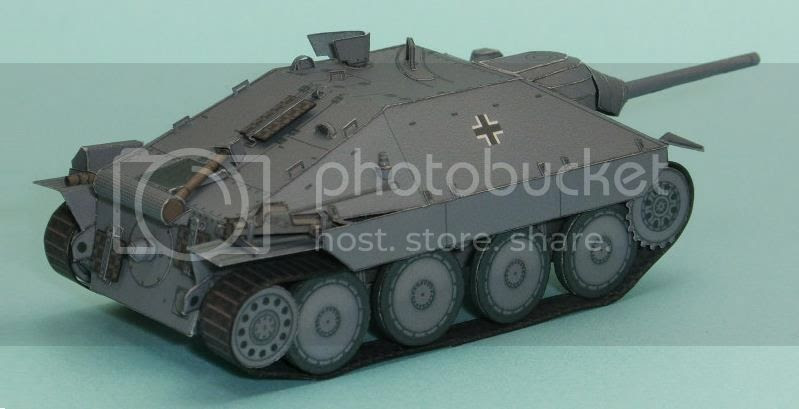 photo hertzer.tank.papercraft.via.papermau.002_zpsaoty8lrt.jpg